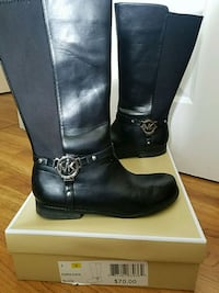 pair of black leather boots Rising Fawn, 30738