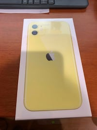REAL IPHONE 11 YELLOW Calgary