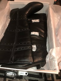 Brand new just fab boots 10 and a half wide calf 953 mi
