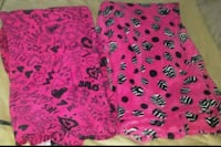 Fuzzy pjs large/Xl with hearts $5 each Bakersfield, 93307