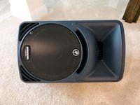 Mackie SRM450 active speaker - like new condition