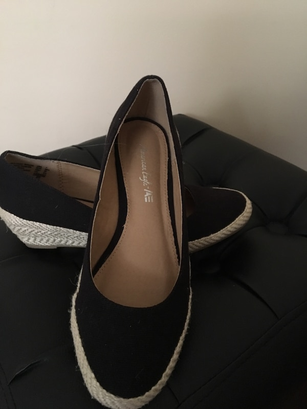 American eagle shoes size 7 1