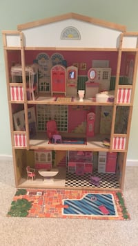 LARGE wooden doll house fully furnished Clarksville, 21029