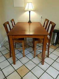 Elevated kitchen table plus 4 chairs Brookline, 02446