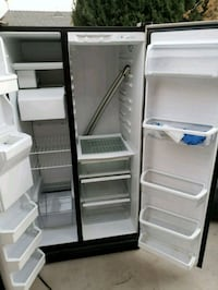 black side-by-side refrigerator Rialto, 92376