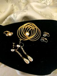 Brooch and earings 725 km