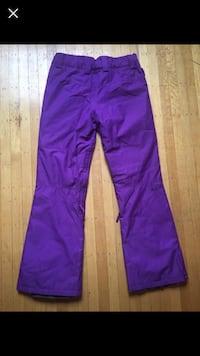 Women snow board pants RipCurl new size Medium Burnaby, V5C 3Y6