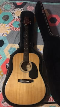 Crafter acoustic guitar with case Fenton, 48430