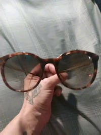 brown framed Ray-Ban sunglasses Englewood, 80110