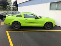 Ford - Mustang - 2005 Surrey