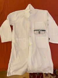 Size M  Lab coat and goggles Newmarket, L3X 1P1