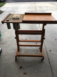 Vintage Wood Painting Stand Rolling Long Beach, 90815