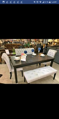 Brand New 5pc. Casual Dining Set Austin