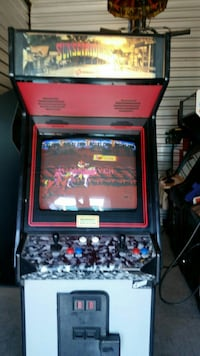 red and black arcade game