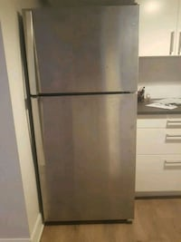 gray top-mount refrigerator Laval, H7S