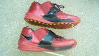 Red Nike Zoom sneakers size 11 red leathe Alexandria, 22309