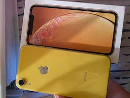IPhone XR (Perfect Condition)