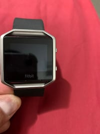 Fitbit  smart watch with charger only Pick up only Brampton, L6Z 4J7