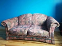 Couch Laval, H7W 4A1