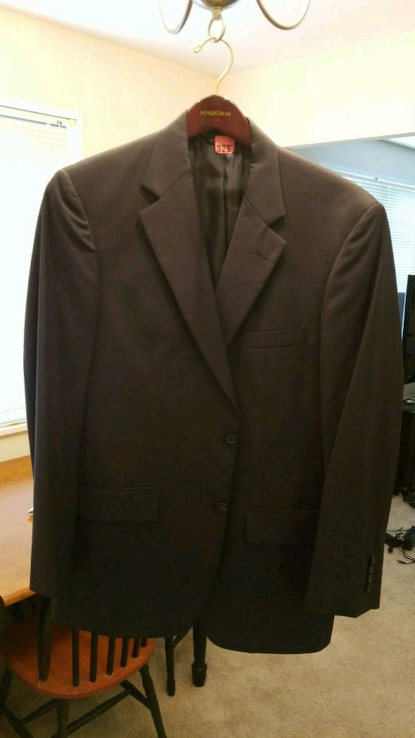 Brooks Brothers Navy Suit with pants 41R