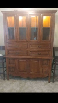 Wood Cabinet, touch lights...need gone! Owings Mills