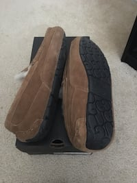 Ugg Ascot for Men Size 9 Pasadena, 21122