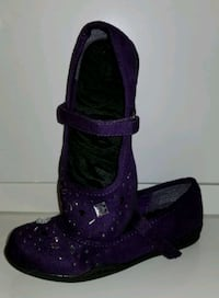 Nice shoes for girls size 11 Vaughan, L4K 1M7