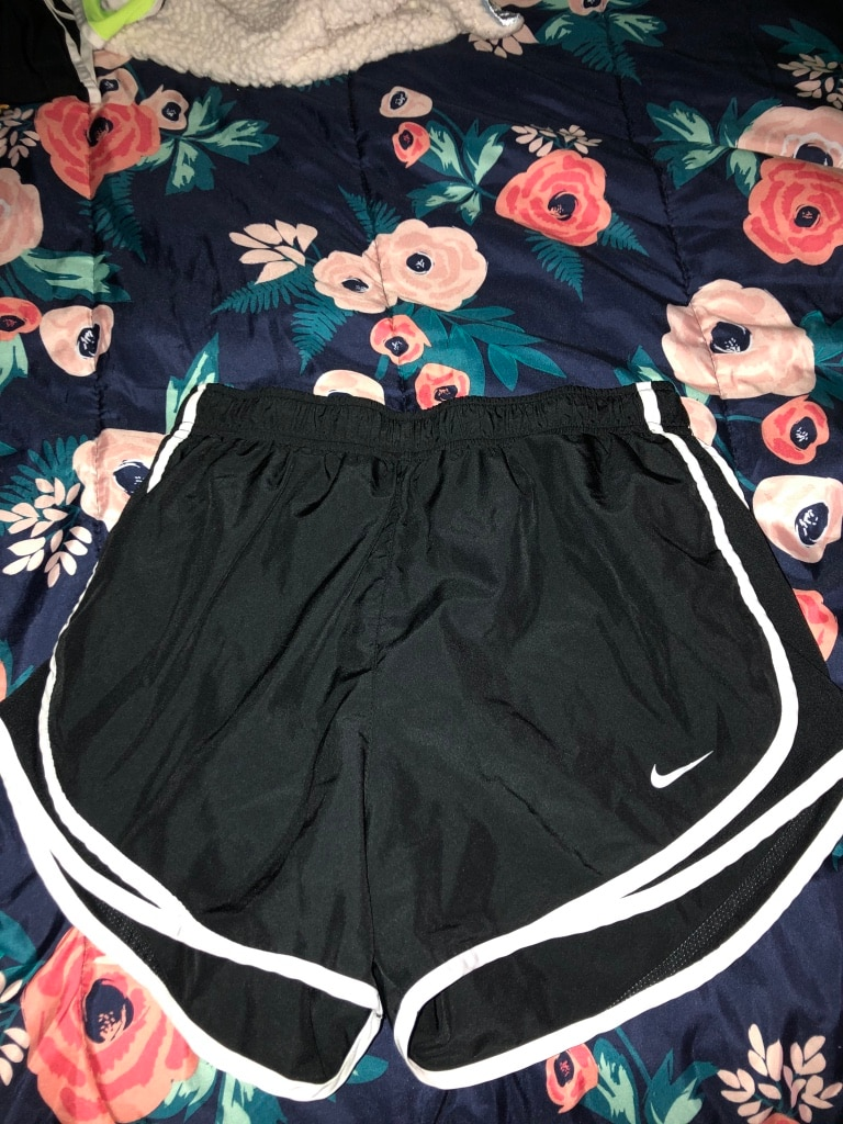 Photo Womens nike shorts /black and white/black and lime green/pink and blue