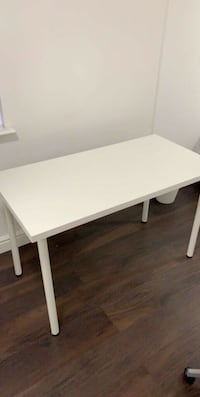 LINNMON / ADILS Table New Westminster, V3M 2R3