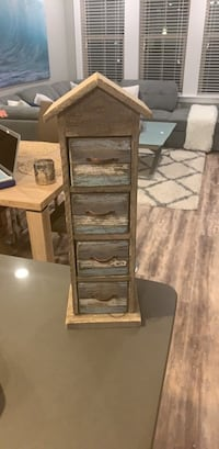 Beach Decoration with 4 tier Shelves  Tampa, 33609