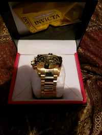 gold-colored analog watch with link bracelet Dallas, 30157