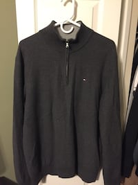 Mens Tommy Hilfigher Sweater - Size Large Whitchurch-Stouffville