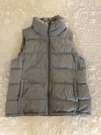 gray zip-up bubble vest American Canyon, 94503