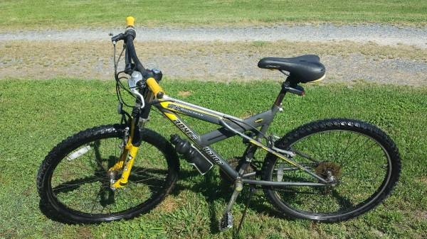 Used ''FREE'' ROYCE UNION DH HIGH PEAK MOUNTAIN BIKE for sale in New