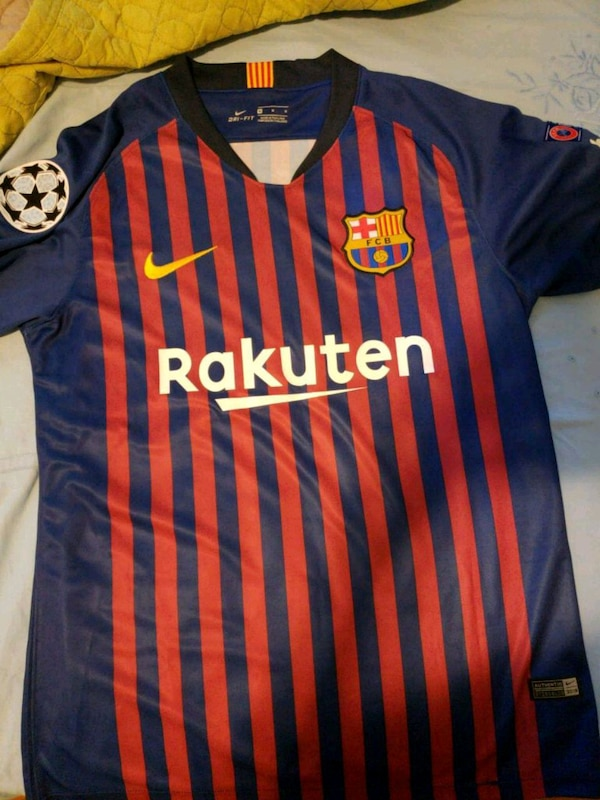 new product d8bc1 d45c0 Coutinho Barcelona Jersey Replica