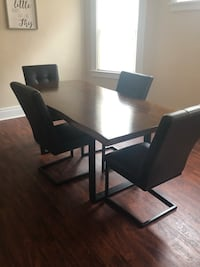 Black wooden table with chairs West Seneca, 14220