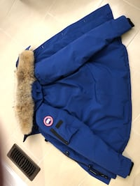 Brand new women Canada goose parka jacket Vaughan, L6A 4T1