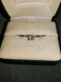 Solitaire engagement ring Manchester, 03103