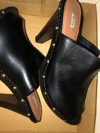 Black peep toe...size 10 Women's, excellent condition Tuscaloosa, 35405