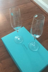 Tiffany and Company Champagne Flutes Set of 2 8oz Perry Hall, 21128