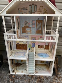 Toy storage and playhouse