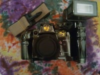 35mm camera w flash add on AND carry bag Warner Robins