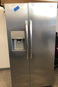 Frigidaire stainless steel side by side refrigerator  Bowie, 20715