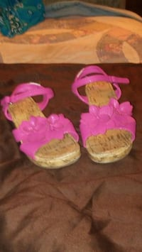 two pairs of pink and green knit shoes 1213 mi