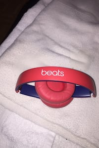 Beats solo 3 wireless headphones 9/10 condition serious buyers only  Toronto, M3N 2M2