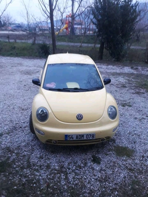2003 Volkswagen New Beetle 1.6 SMILE f96e1916-85f5-42d9-a953-fbdabd3ff89a