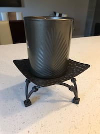 Candle holder with scented candle Montréal, H9H 1Y2