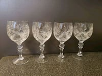 Set of 4 fine crystal wine glasses  Mississauga, L4Y 2T8
