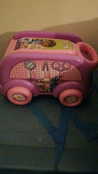 toddler's Doc McTuffins learning toy Hinesville, 31313