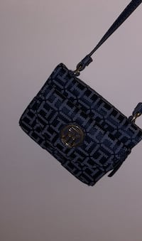Brand new Tommy Hilfiger coin purse